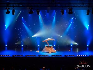 evenements-soirees-cabarets-acrobate