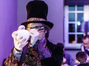 organisateur-spectacle-animation-accueil-magicien
