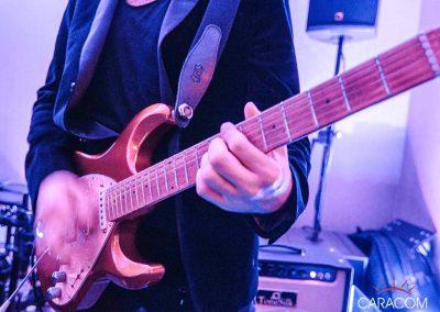 organisateur-spectacle-concert-de-groupe-live-guitare
