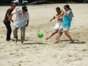 organisation-evenements-exterieurs-plage-football