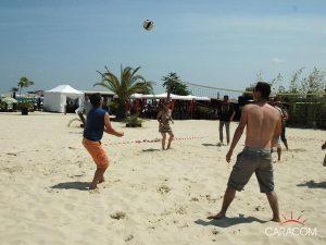 organisation-evenements-exterieurs-plage-volley