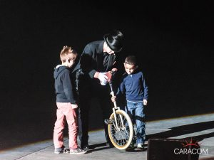 organisation-spectacle-cirque-presentateurs-enfants