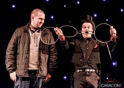 organisation-spectacle-cirque-presentateurs-magie-2