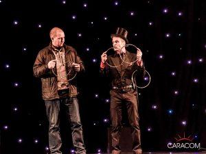 organisation-spectacle-cirque-presentateurs-magie-3